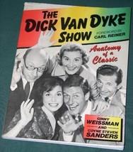 THE DICK VAN DYKE SHOW SOFTBOUND BOOK VINTAGE 1983 - $34.99