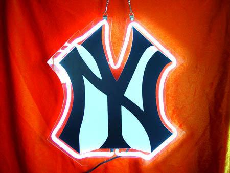 Primary image for MLB New York NY Yankees Neon Light Sign 8'' x 10''