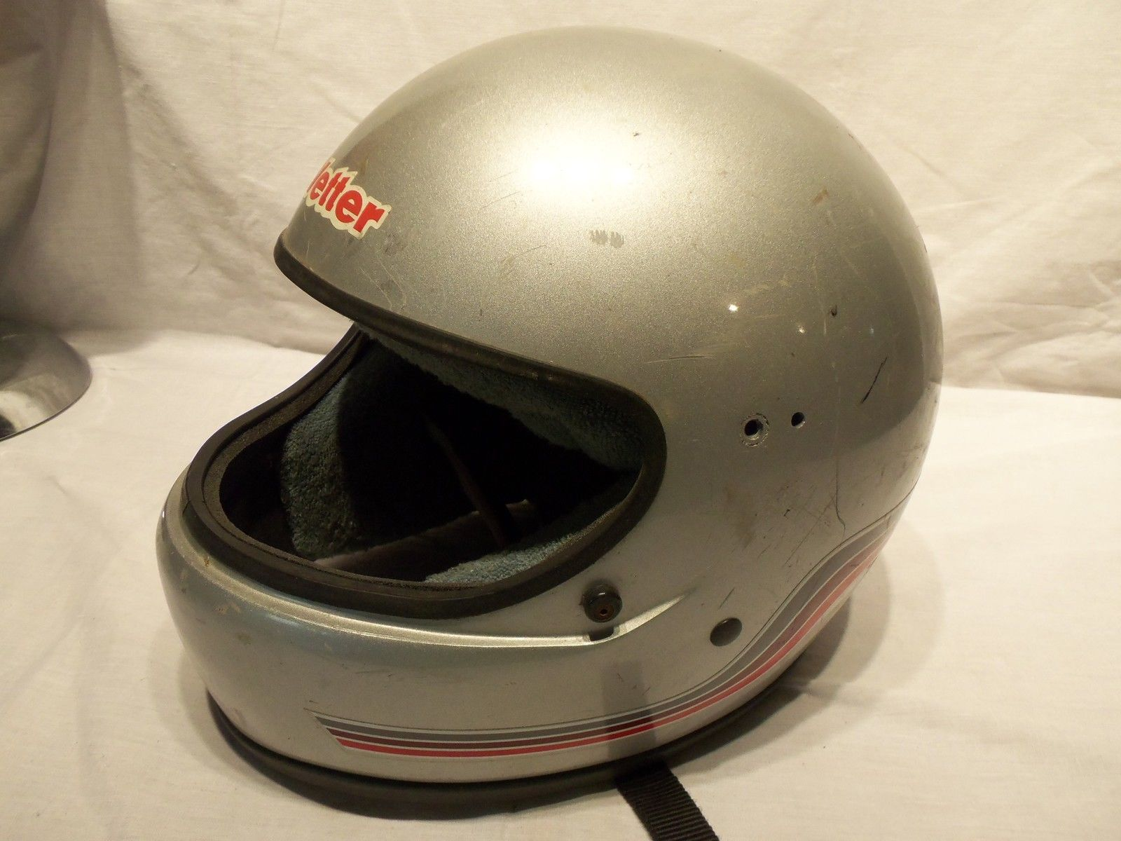 Primary image for Vintage 1985 Silver Vetter Fiber 100 Motorcycle Cycle Snowmobile Helmet  Sz M?