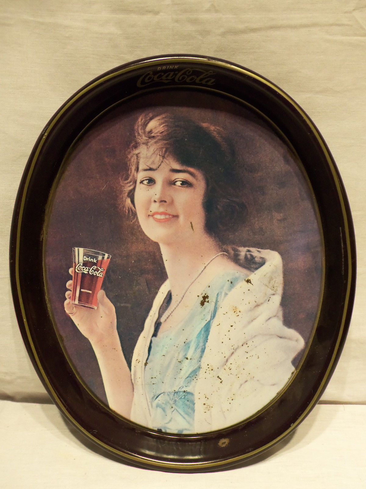 Primary image for Vintage 1981 Woman Holding Glass Drink Coca Cola Soda Metal 15x12 Serving Tray