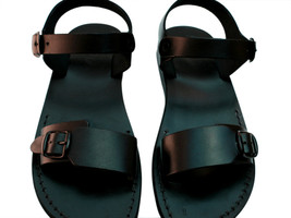 Black Eclipse Leather Sandals - £51.36 GBP