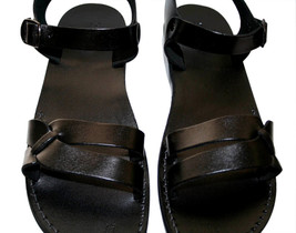 Black Circle Leather Sandals - £51.36 GBP
