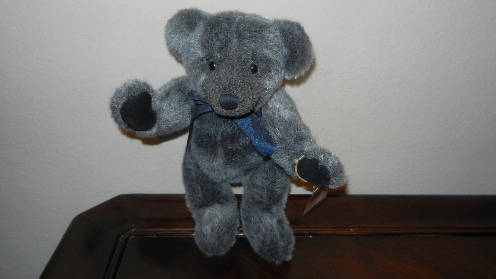 Primary image for Russ Yarwood Vintage Collection Teddy Bear Jointed Fluffy Gray Mint MWT & COA