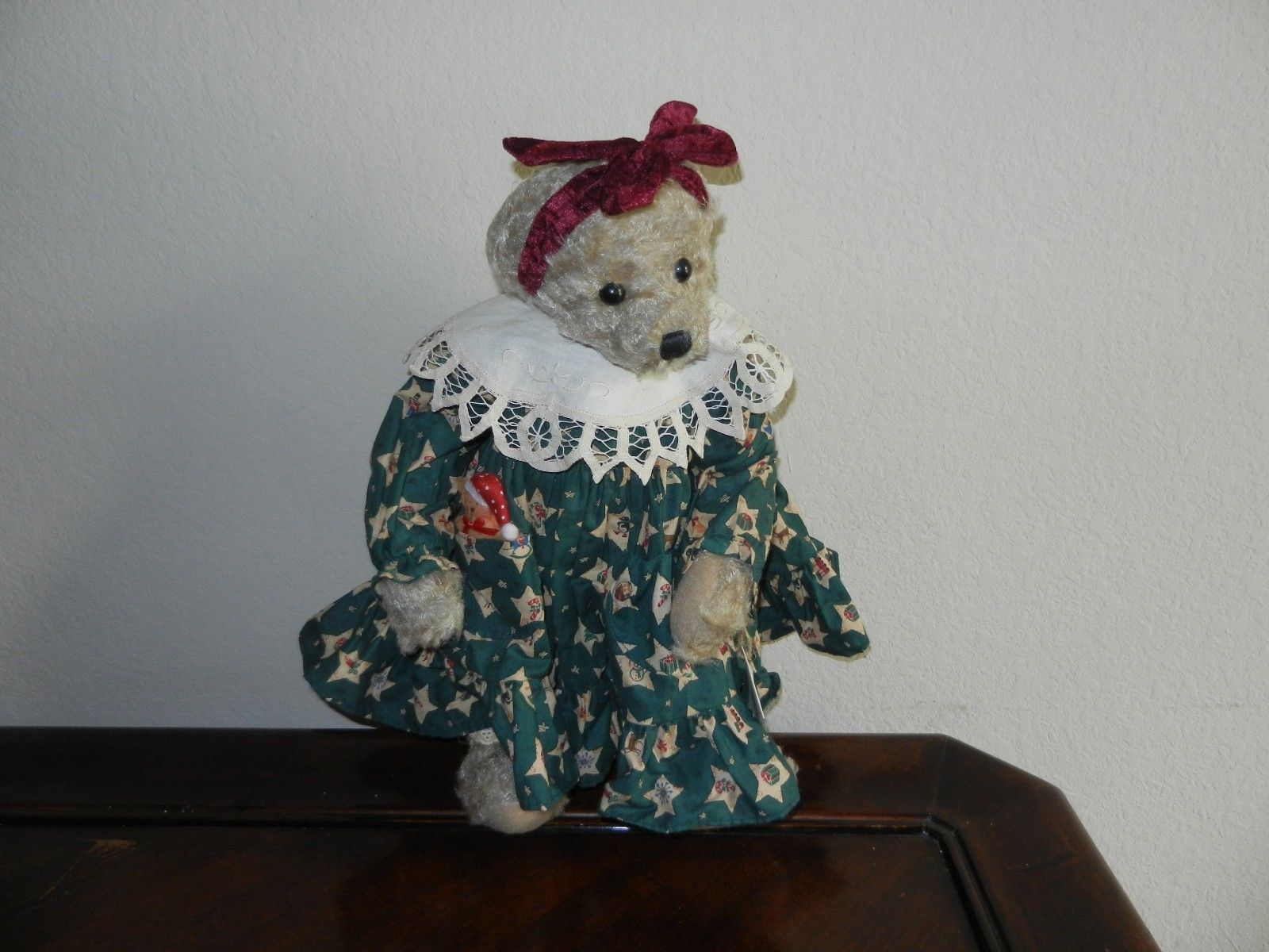 Primary image for Ganz Cottage Collectibles Teddy Bear ~ Kathy ~ Christmas Version MWT Mint w/ Tag