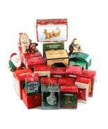 Lot De 14 Poinçon Décorations & Autres Noël Memorabilia ! Grand Kit de D... - $344.31