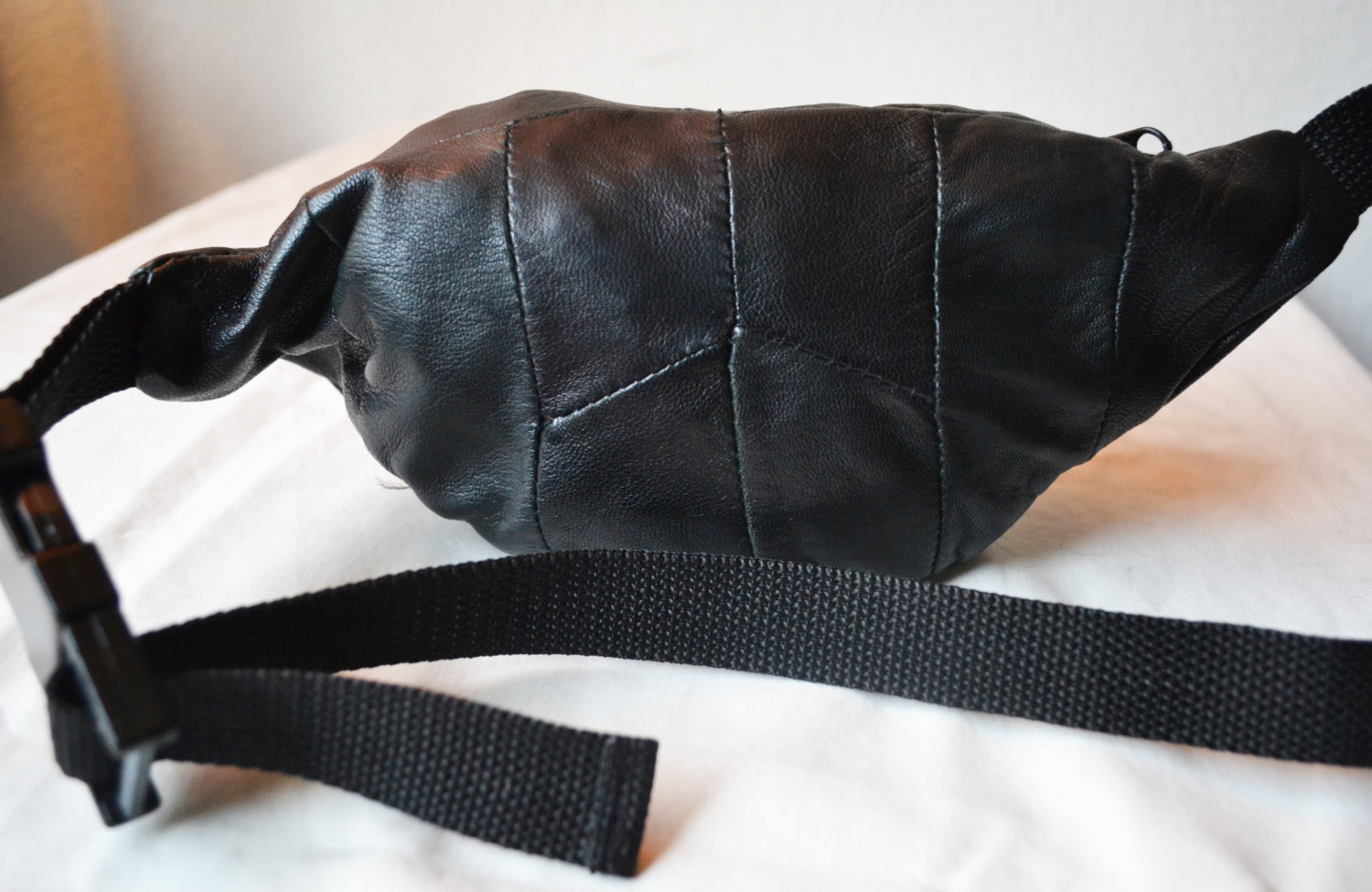 Free Ship Black Leather Fanny Pack Hip Purse