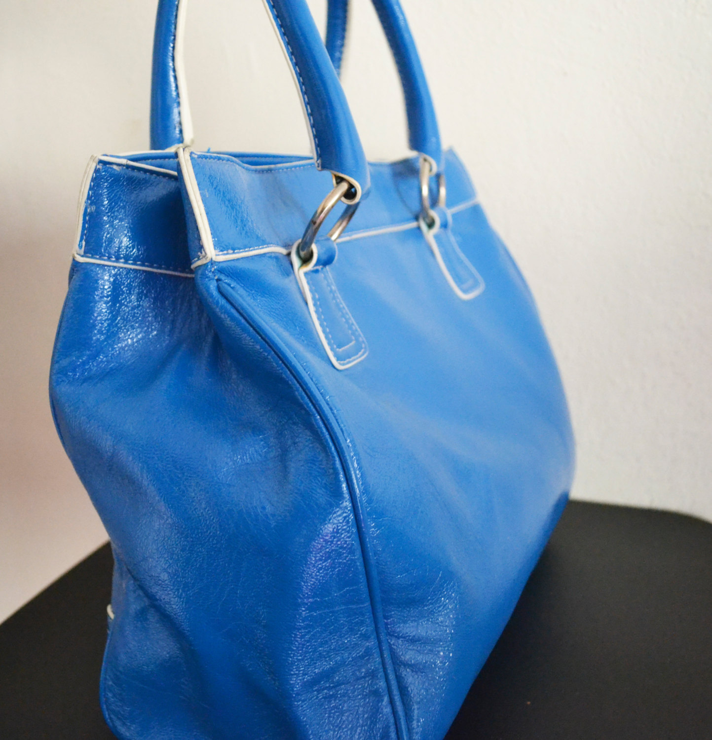 Free Ship Clean Blue Faux Leather Purse XOXO