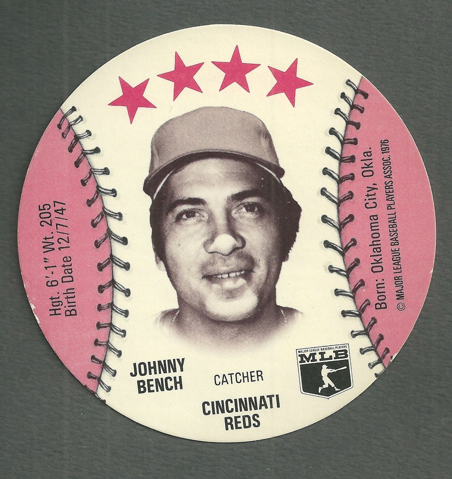 JOHNNY BENCH 1976 ISALY'S ( VINTAGE ROUNDS DISC ) BASEBALL CARD CINCINNATI REDS