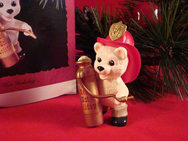 Hallmark 1994 Red Hot Holiday  QX584-3