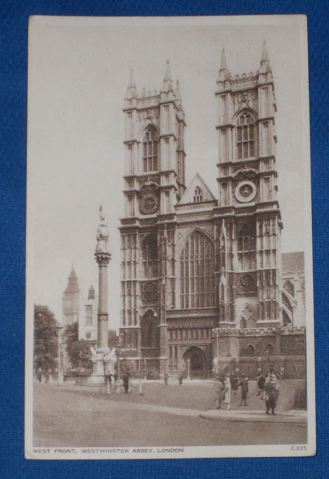 B + W Photo Postcard vtg WEST FRONT, WESTMINISTER ABBEY, LONDON unposted