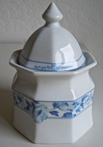 Christopher Stuart Dresden Blue Sugar Bowl and Lid - $15.83