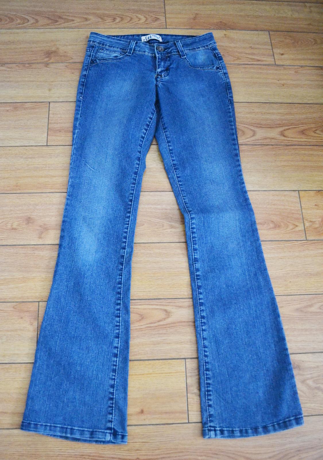52b6771a44b L.E.I. Ashley Low Rise Boot Cut Jeans and 24 similar items. Dsc 0692