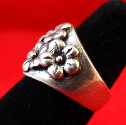Vintage Sterling Silver Embossed Daisy Ring, Sz 6