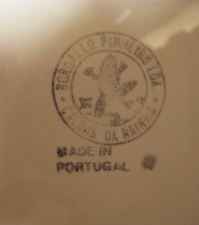 Vintage Bordallo Pinheiro Leaf Plate - White- 1970's
