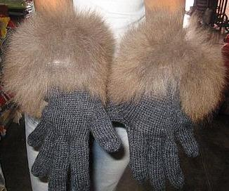 Black Gloves,Babyalpaca wool, fur trimmed mittens