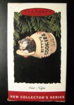 Hallmark Keepsake Christmas Ornament 1994 Cat Nap First in Cat Nap Serie... - $6.99