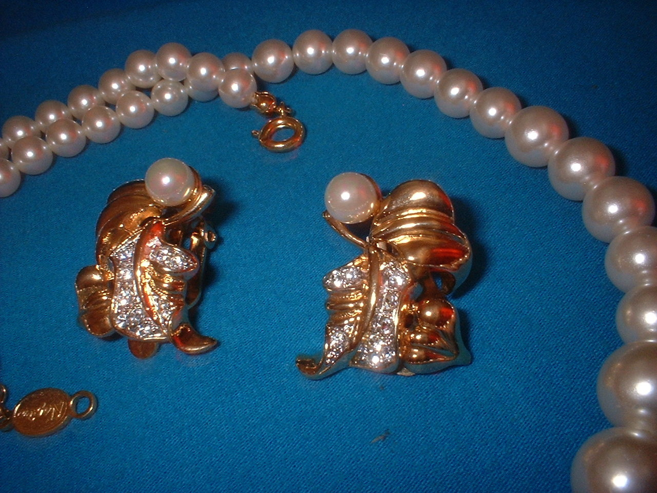 Vintage Jewelry Imitation Pearl Necklace Earrings