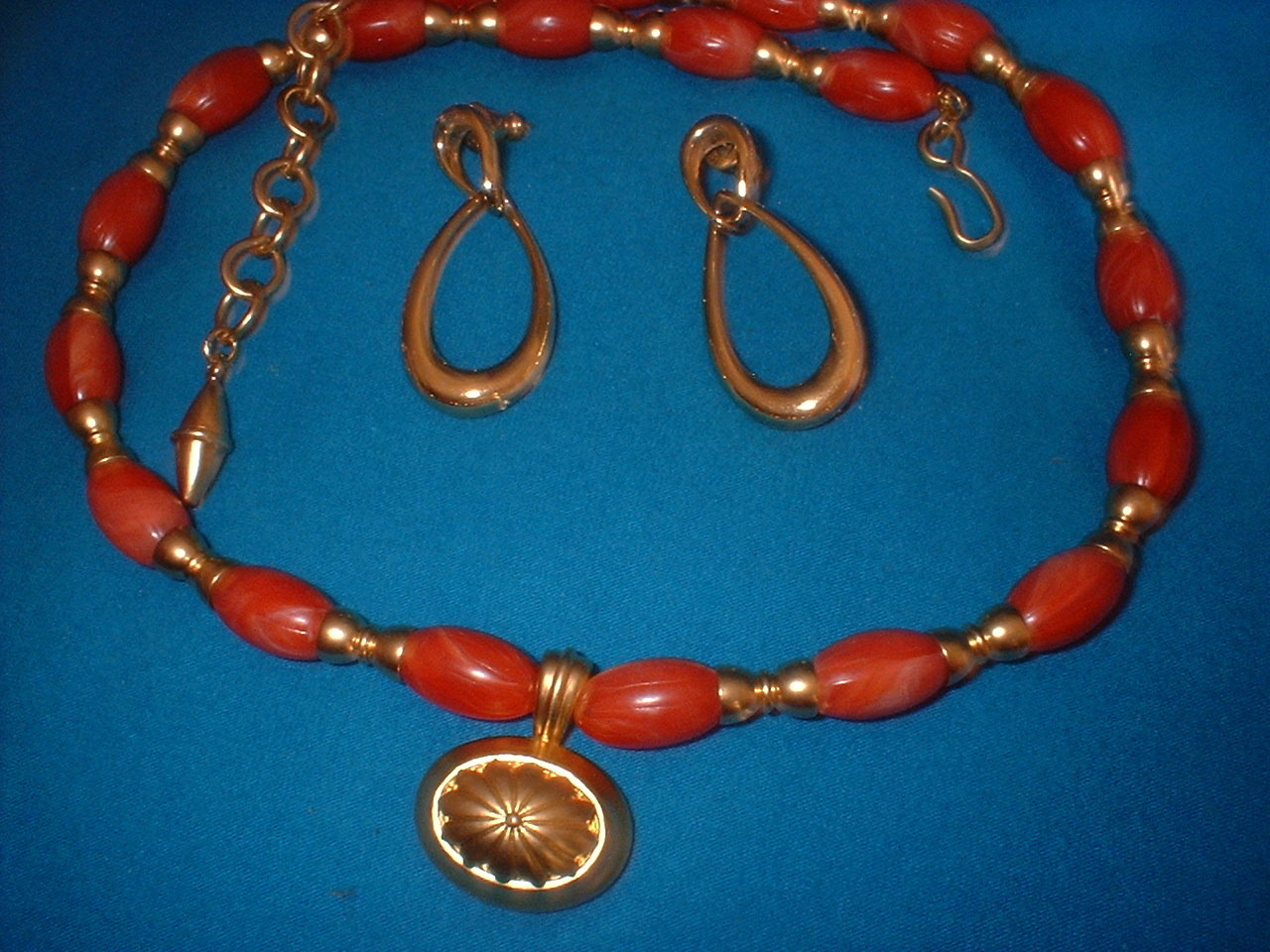 Orange and gold necklace full