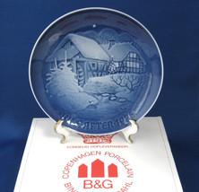 Bing And Grondahl Christmas 1975 Christmas At The Water Mill Annual Plate Blue - $18.00