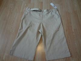 Women's First Issue Liz Claiborne Sz 16 NWT Khakie Capris Pants - $15.88