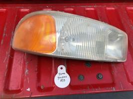 OEM GMC YUKON YUKON XL PASSENGER RIGHT HEADLIGHT LAMP 2000-2006 NON-DENALI - $62.10