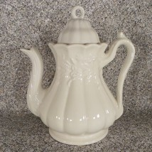 Red Cliff Ironstone WHEAT Coffee Pot with Lid 8-Cup White Retired 1966 - $64.30