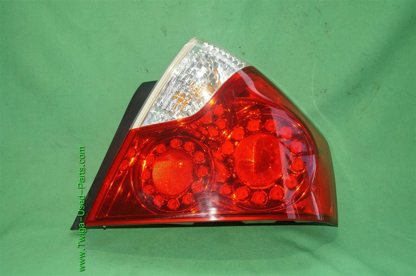 06-07 Infiniti M35 M45 LED Taillight Tail Lamp Passenger Right Side - RH