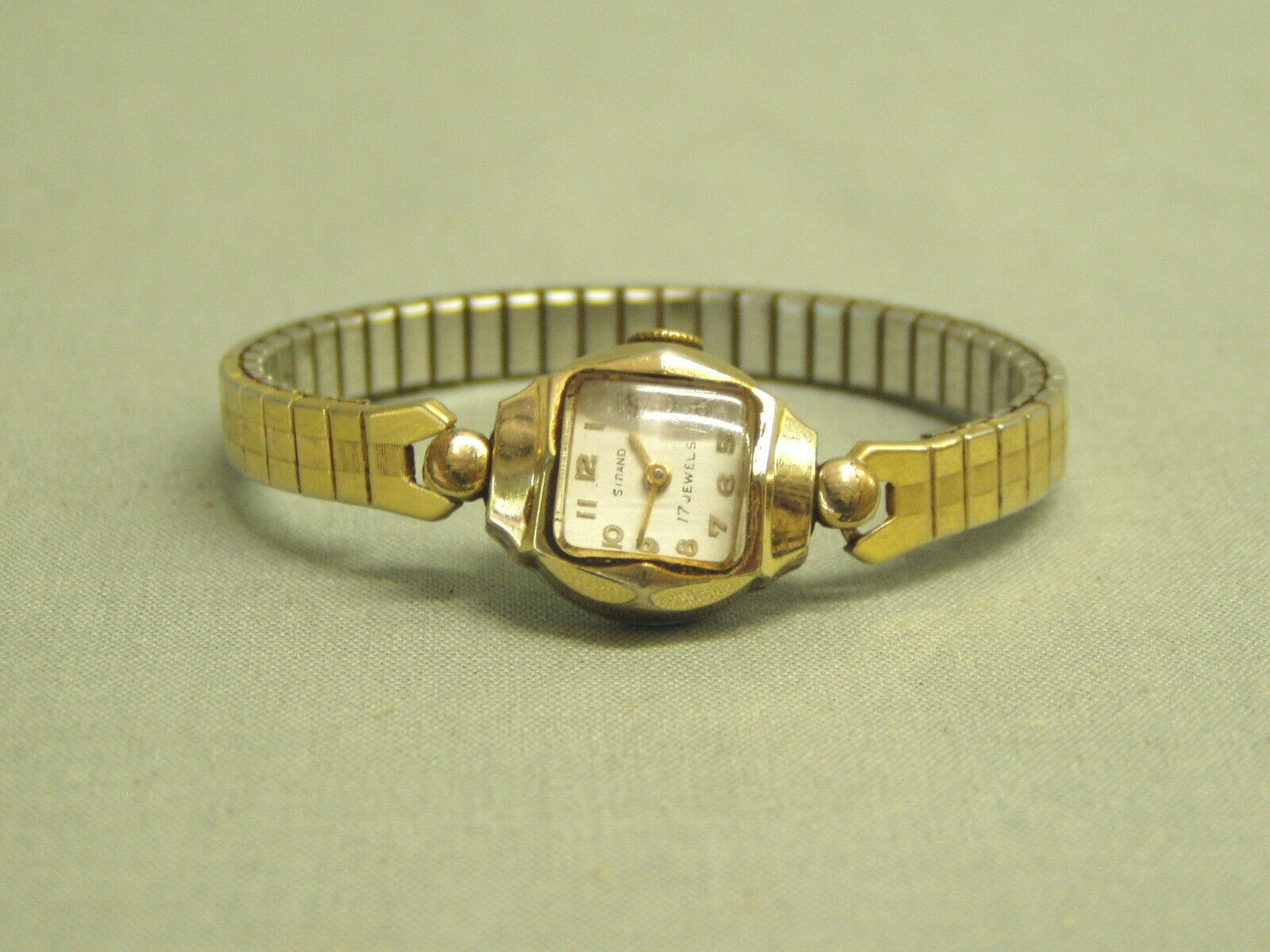 Vintage Strand Ladies Wrist Watch 17 Jewels Swiss 10K RGP case stretch band 50's