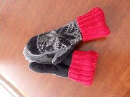 Christmas Gift Wool Sweater mittens Handmade  one size fits most - $22.17