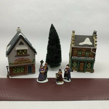 Dept 56 Dickens Village The Spirit Of Giving Start a Tradition Set 5832 - $42.00