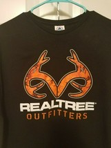 Men's Realtree Outfitters T-shirt Size XL 100% preshrunk cotton  - $9.50