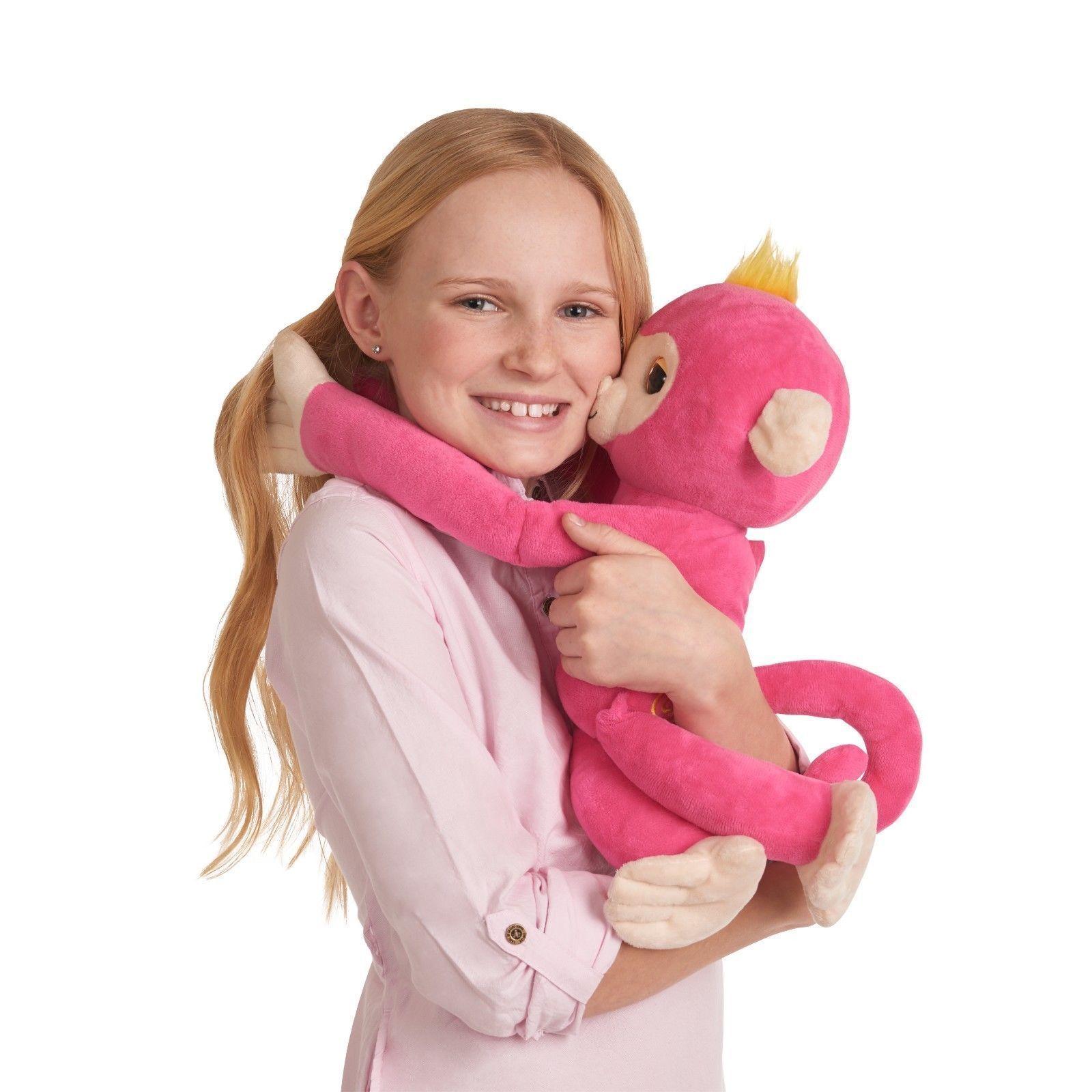 Fingerlings HUGS Bella & Boris Set 2 Advanced Interactive Plush Baby Pets WowWee