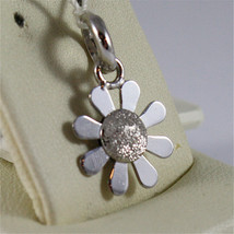SOLID 18K WHITE GOLD PENDANT, 0,71 In, FLOWER SHAPE, DIAMOND-WORKED, CHARM. image 2