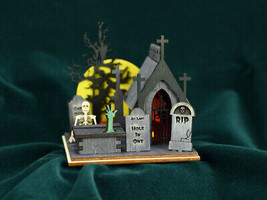 GINGER COTTAGES GINGER BOO! CREEPY CEMETERY HALLOWEEN HOLIDAY ORNAMENT G... - $19.88