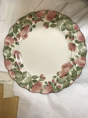 Nikko Dena Dinner Plate - Japan - Pink Flower Pattern