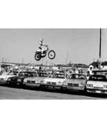 EVEL KNIEVEL 8X10 PHOTO PICTURE 6 CAR JUMP WIDE BORDER - $3.95
