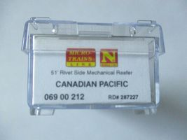 Micro-Trains #06900212 Canadian Pacific 51' Rivet Side Mechanical Reefer N-Scale image 5