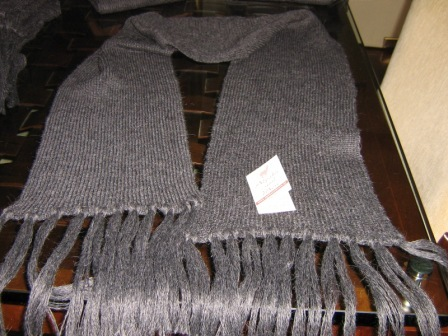 Lot of 25 Alpacawool scarves,wholesale