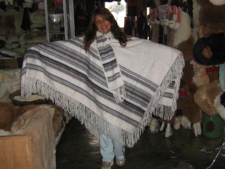 Poncho, Cape pure Alpaca Wool, peruvian Outerwear
