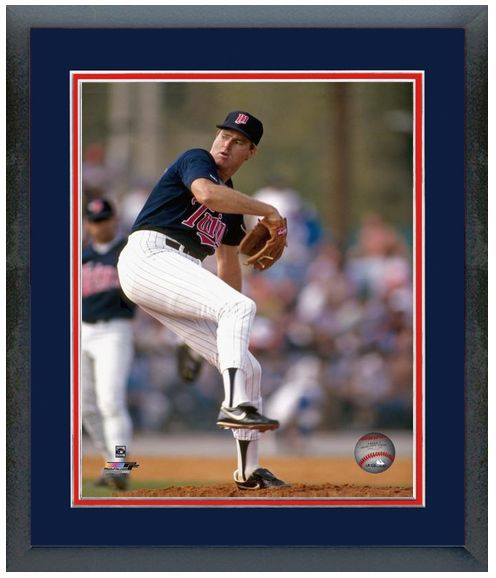 Steve Carlton Minnesota Twins Circa 1988 - 11 x 14 Matted/Framed Photo