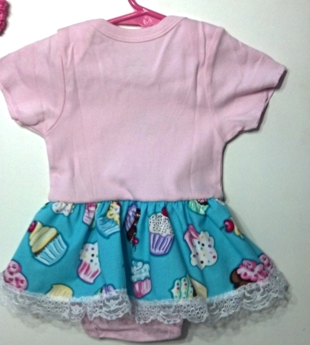 Infant Embroidered Cupcake Bodysuit Skirt 12-18 months plus headband