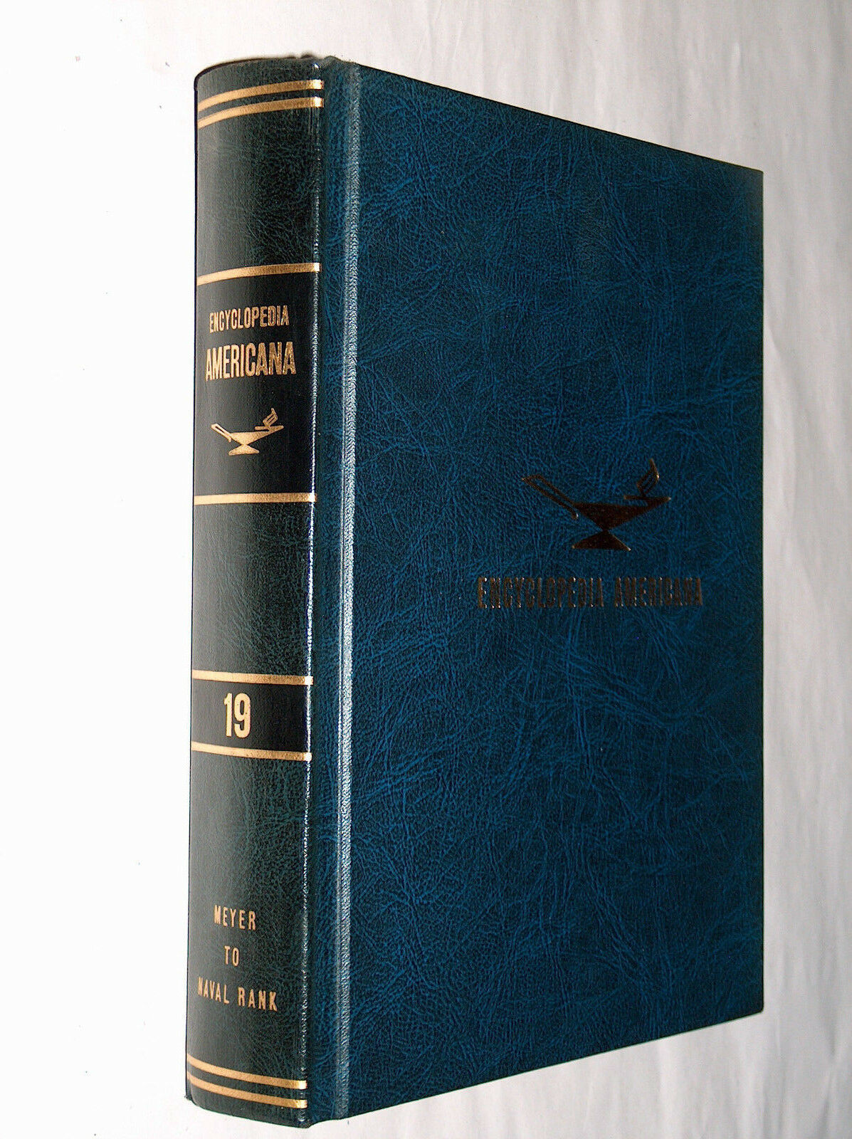 Primary image for 1966 Encyclopedia Americana Replacement Blue Edition Vol 19 Meyer To Naval Rank