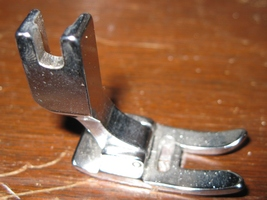 Generic High Shank Zig-Zag Presser Foot Near New - $7.50