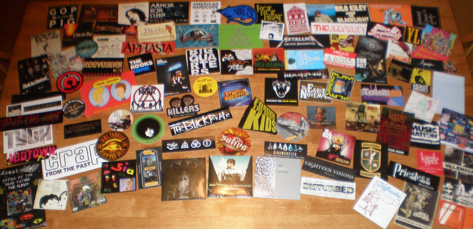 100 MUSIC STICKERS+CD's-Metallica,RHCP,Rilo Kiley,Sia+6