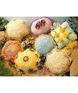 X318 Crochet PATTERN Book ONLY Doily Pillows Da... - $14.45