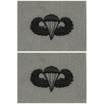 ARMY EMBROIDERED BADGE: BASIC PARACHUTE EMBROIDERED WITH BLACK THREAD ON... - $12.85