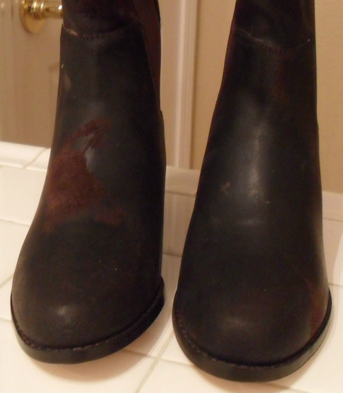 NEW KORS MICHAEL KORS Val Dark Brown Waxy Suede Boots 6.5 (MAKE AN OFFER)