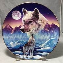 """Wolves  8"""" Gold Rim decorative plate Breaking the Silence by Robin Koni ... - $8.86"""