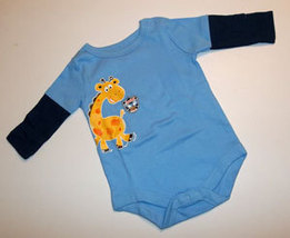 Newborn Boys Long Sleeve Giraffe Onesie 0-3 Months - $9.00