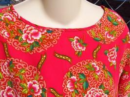 Dana Buchman Silk Fuchsia  Floral Blouse Top Size 12 - $16.00